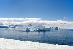 De baai van de ijsberg Stock Foto