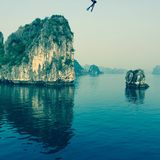 De Baai van Halong Stock Afbeeldingen