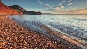 De Baai van Ladram, Zuid-Devon, Engeland stock afbeelding