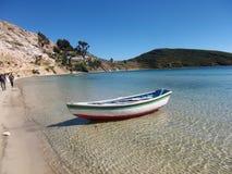 De baai van meertiticaca in isla DE sol in de bergen van Bolivië Stock Afbeeldingen
