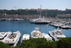 De Baai van Monaco, jachthaven, dok, haven, voertuig stock afbeeldingen