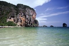De Baai van Phra Nang van Tham, Thailand Stock Fotografie