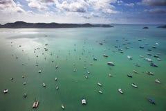 De baai van Phuketchalong Stock Afbeelding