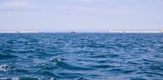 De Baai van Sebastopol in de zomerdag stock afbeeldingen