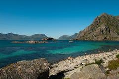 De baai van Turqoise in Lofoten Stock Afbeelding