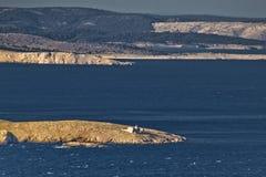 De baaieilanden van Kvarner en vuurtoren Prvic Stock Afbeelding