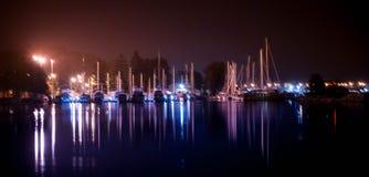 De Baaijachthaven van Bateman bij Nacht Royalty-vrije Stock Foto's