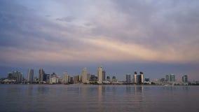 De Baaischemer van San Diego Downtown City Skyline Coronado stock videobeelden