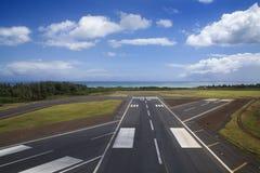 De baan van de luchthaven. stock fotografie