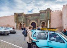 De Bab Mansour-poort in Mequinez, Marokko royalty-vrije stock fotografie