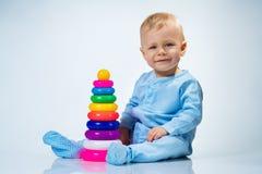 De baby van acht maanden stock foto