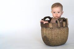 De Baby van de mand royalty-vrije stock foto