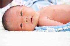 De baby van de zuigeling stock afbeeldingen