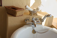 De badkamers in een Afrikaan brengt onder Royalty-vrije Stock Afbeelding