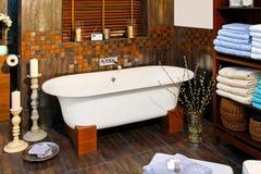 De badkamers van de badkuip stock afbeeldingen
