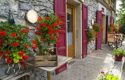 De bakkerij van LE FOURNIL en kruidenierswinkel, hand - gemaakte producten in Chapelle-d'Abondance, Frankrijk Royalty-vrije Stock Foto's