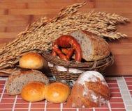 De bakkerijgraangewas van het brood stock foto's