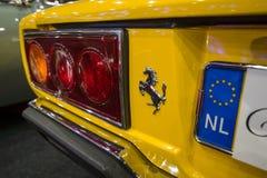 De bakre bromsljusen av en sportbil Ferrari 308 GT4 Dino, 1977 Arkivbild
