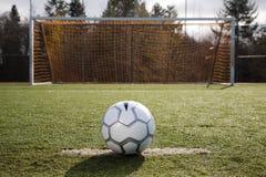 De bal of de voetbal van het voetbal royalty-vrije stock afbeeldingen