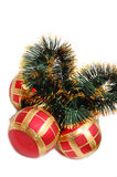 De bal en het klatergoud van Kerstmis Stock Foto