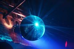 De bal van de disco in motie Stock Fotografie