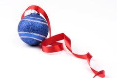 De bal van het donkerblauwe Nieuwjaar Royalty-vrije Stock Foto's