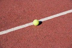 De bal van het tennis Stock Fotografie