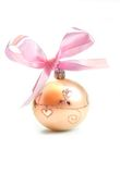 De bal van Kerstmis die op witte achtergrond wordt geïsoleerdv Stock Afbeelding