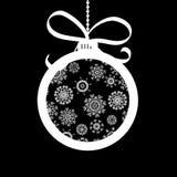 De bal van Kerstmis die van witte sneeuwvlokken wordt gemaakt. + EPS8 Stock Foto's