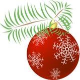 De bal van Kerstmis op tak Royalty-vrije Stock Afbeeldingen