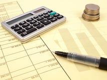 De balans en de calculator Stock Afbeelding
