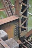 De balken en de stralen van de staalbrug royalty-vrije stock afbeelding