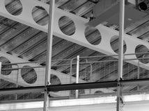 De balken van bouwstralen en Sc stock afbeelding