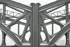 De Balken van het staal op een Brug van de Bundel van het Metaal royalty-vrije stock foto