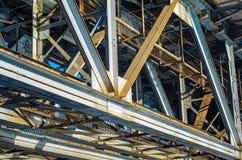 De balken van de staalbrug royalty-vrije stock fotografie