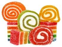 De ballen van de suikergoedchocolade met room geïsoleerd vullen Stock Fotografie