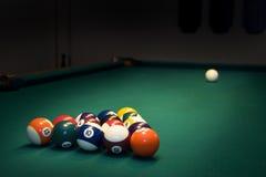 De ballen van het biljart Stock Foto's