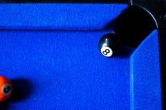 De ballen van het poolbiljart op blauwe het spelreeks van de lijstsport Snooker, Poolspel stock afbeelding