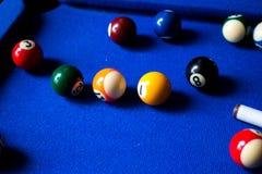 De ballen van het poolbiljart op blauwe het spelreeks van de lijstsport Snooker, Poolspel royalty-vrije stock afbeelding