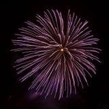 De ballen van het vuurwerk Royalty-vrije Stock Afbeeldingen