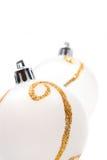 De ballen van Kerstmis die op wit worden geïsoleerde Royalty-vrije Stock Foto's