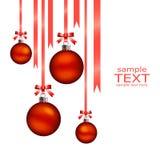 De Ballen van Kerstmis hangen Stock Afbeeldingen