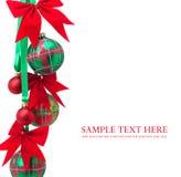 De ballen van Kerstmis op witte achtergrond Stock Afbeeldingen