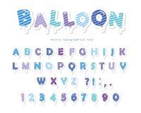 De ballon ontdeed van blauwe doopvont De de leuke letters en getallen van ABC Voor verjaardag, babydouche Girly Stock Afbeeldingen