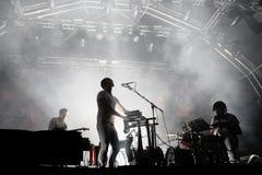 De band levende prestaties van de kariboe elektronische muziek bij Primavera-Geluid 2015 Stock Foto's