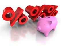 De bank van het Piggymuntstuk met rode percentensymbolen Bedrijfs concept Royalty-vrije Stock Foto's