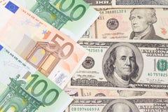 De bankbiljetten van de euro en van de dollar Royalty-vrije Stock Afbeeldingen