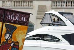 De Banner en de Boot van het Kanaal van Rideau Royalty-vrije Stock Afbeelding