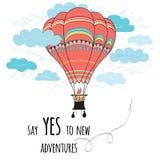 De banner met inspirational citaat zegt aan nieuwe avonturen ja hete luchtballon en wolken verfraaide Royalty-vrije Stock Foto