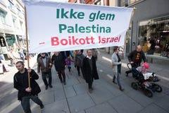 ` De banner van boycotisraël ` bij protestdemonstratie Stock Foto's
